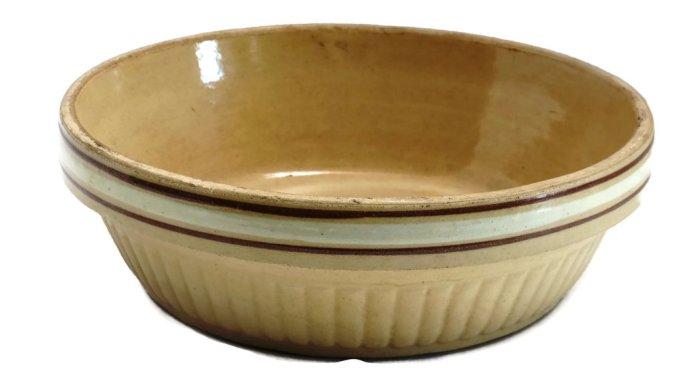 Antique ceramic Redwing baking dish